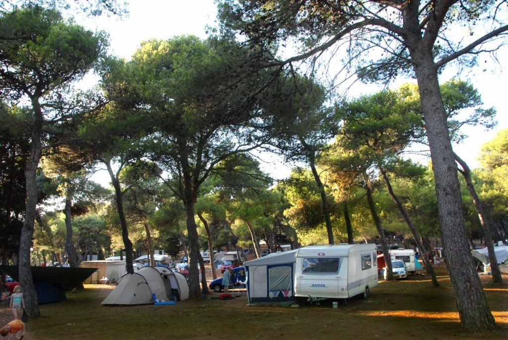 Camping indije Banjole Standplätze