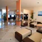 Lobby Hotel Holiday