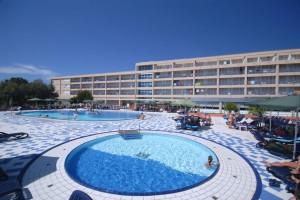 Hotel Centinera Resort Pula
